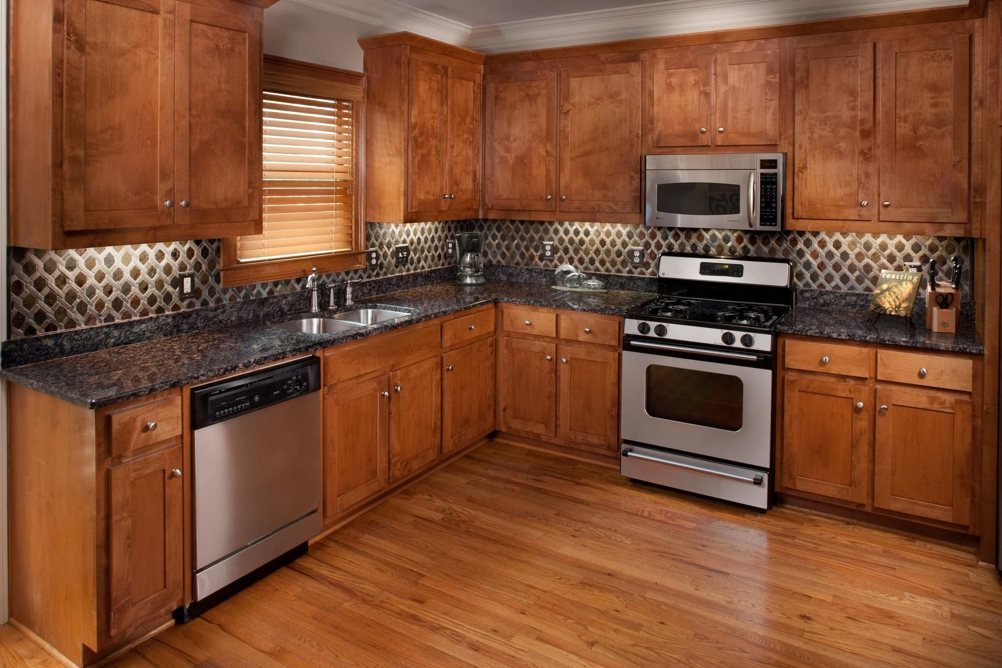 Mixed Diamond Decorative Slate Mosaic Floor Decor In 2021 Cherry Wood Kitchens Brown Cupboards
