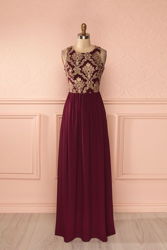 marsala und falten Kleid für eine Braut oder eine Brautjungfer 817ba787e364