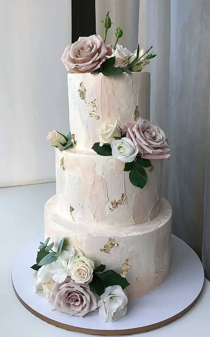 25 Elegant Simple Buttercream Wedding Cake Design Ideas Page 6 Wedding You Are In The R In 2020 Pretty Wedding Cakes Wedding Cake Centerpieces Blush Wedding Cakes