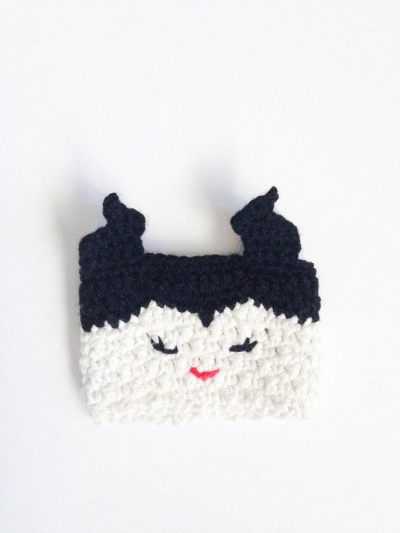 Maleficent cup cozy ~ found on Etsy - for sale   Knitting/crocheting ...
