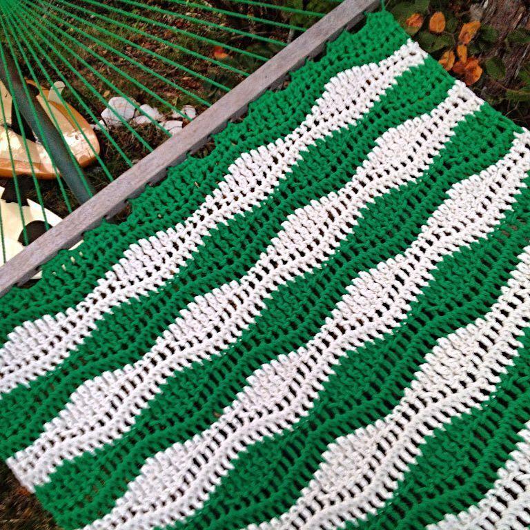 Awaiting the snow-hammock stays out. #nantucket #hammocks #hammock #hammocklife #handmade #craft #crochet #crochetdesign #instacrochet #crochetersofinstagram #islandlife #nantuckethammockdesigns by @nantuckethammockdesigns