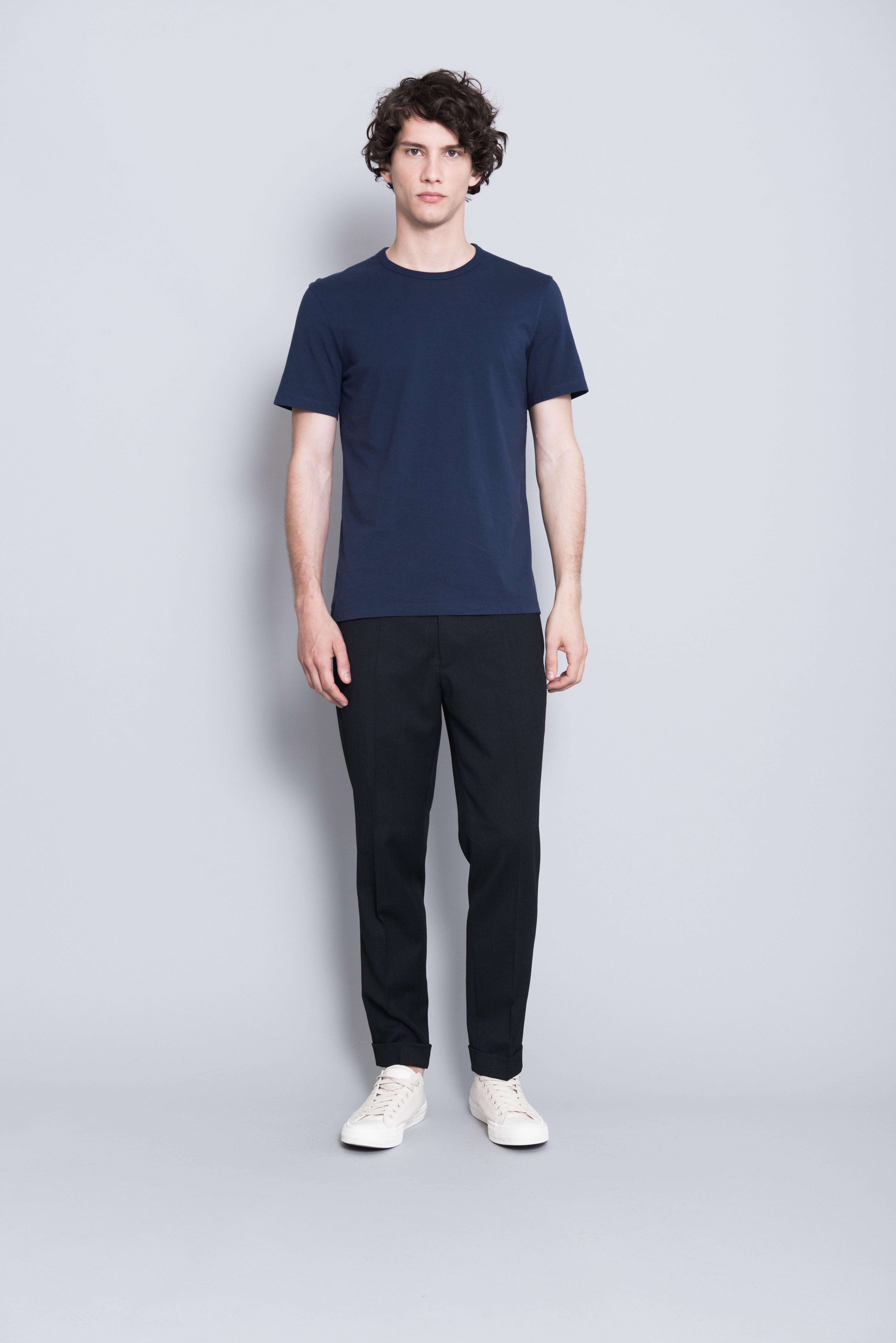 Danny zuko black t shirt - The Asket T Shirt In Navy Blue Asket