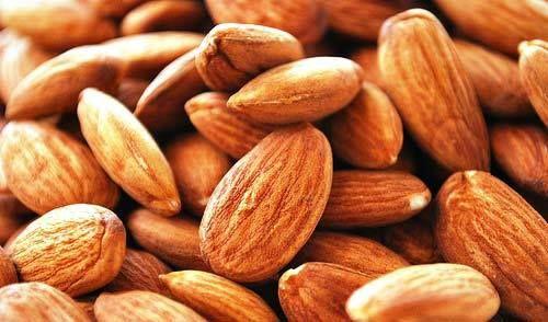 ¿Sabías que las almendras tienen una cantidad similar de proteínas que las de la carne? Una verdadera maravilla.