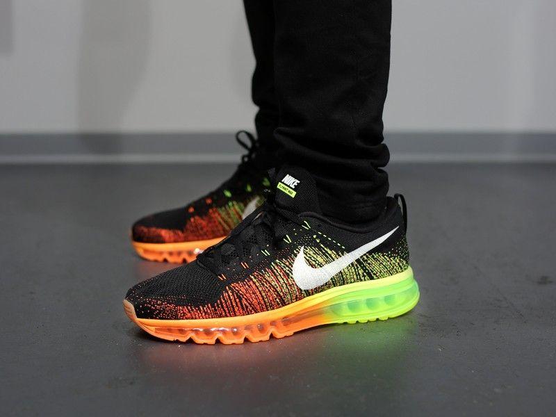 Nike Flyknit Air Max - Noir / Voile / Orange / Volt