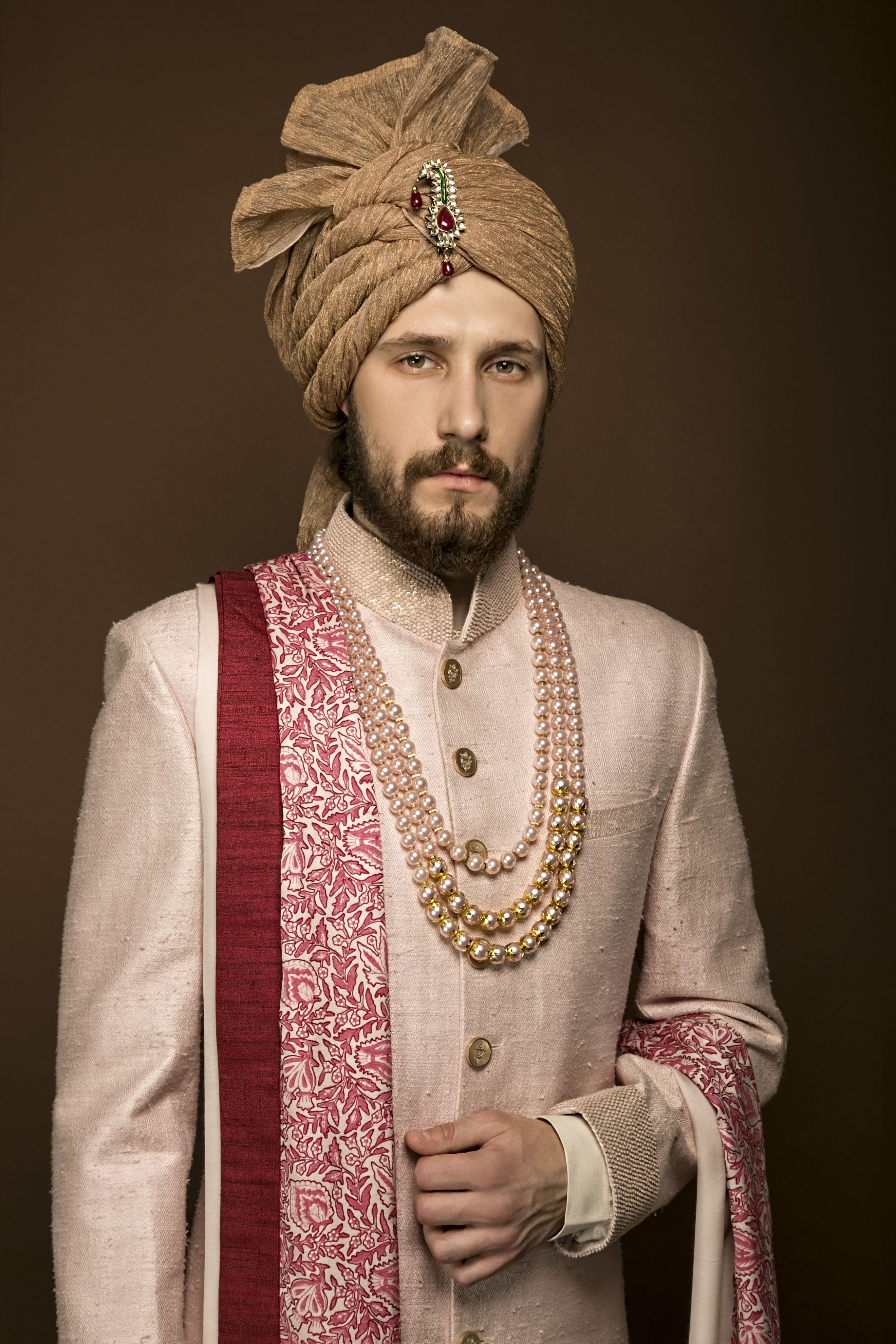 Men's Indian Wedding dresses in Noida, Delhi NCR, California https://goo.gl/rlHlwg