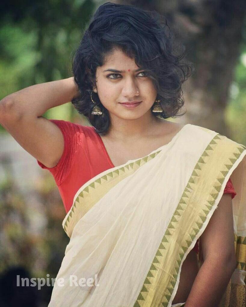Easy Ladies Hairstyles In Kerala: Idea By Swetha Kavil On Kerala Saree