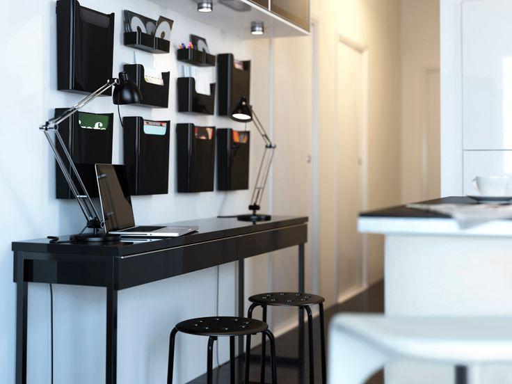 Magnifique Et élégant Bureau Bestå Burs Noir Brillant