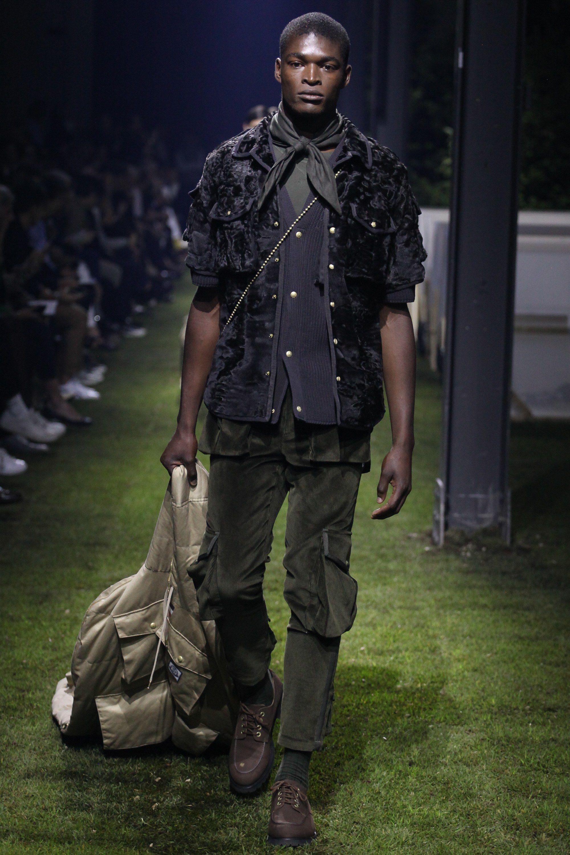 026c1aead Moncler Gamme Bleu Spring 2017 Menswear Fashion Show   Mens fashion ...