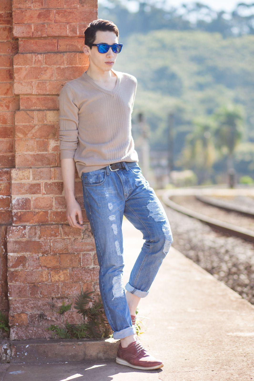 Голубые парни в джинсах