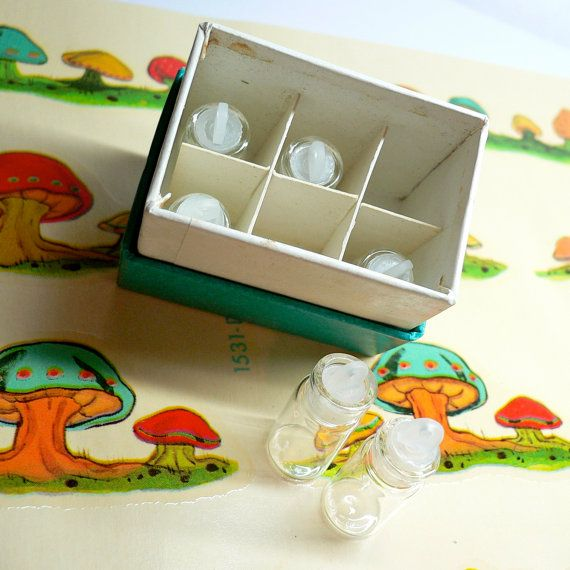 TINY BOX of VIALS 60s Vintage Six by cOveTableCuriOsitIEs on Etsy, $8.95