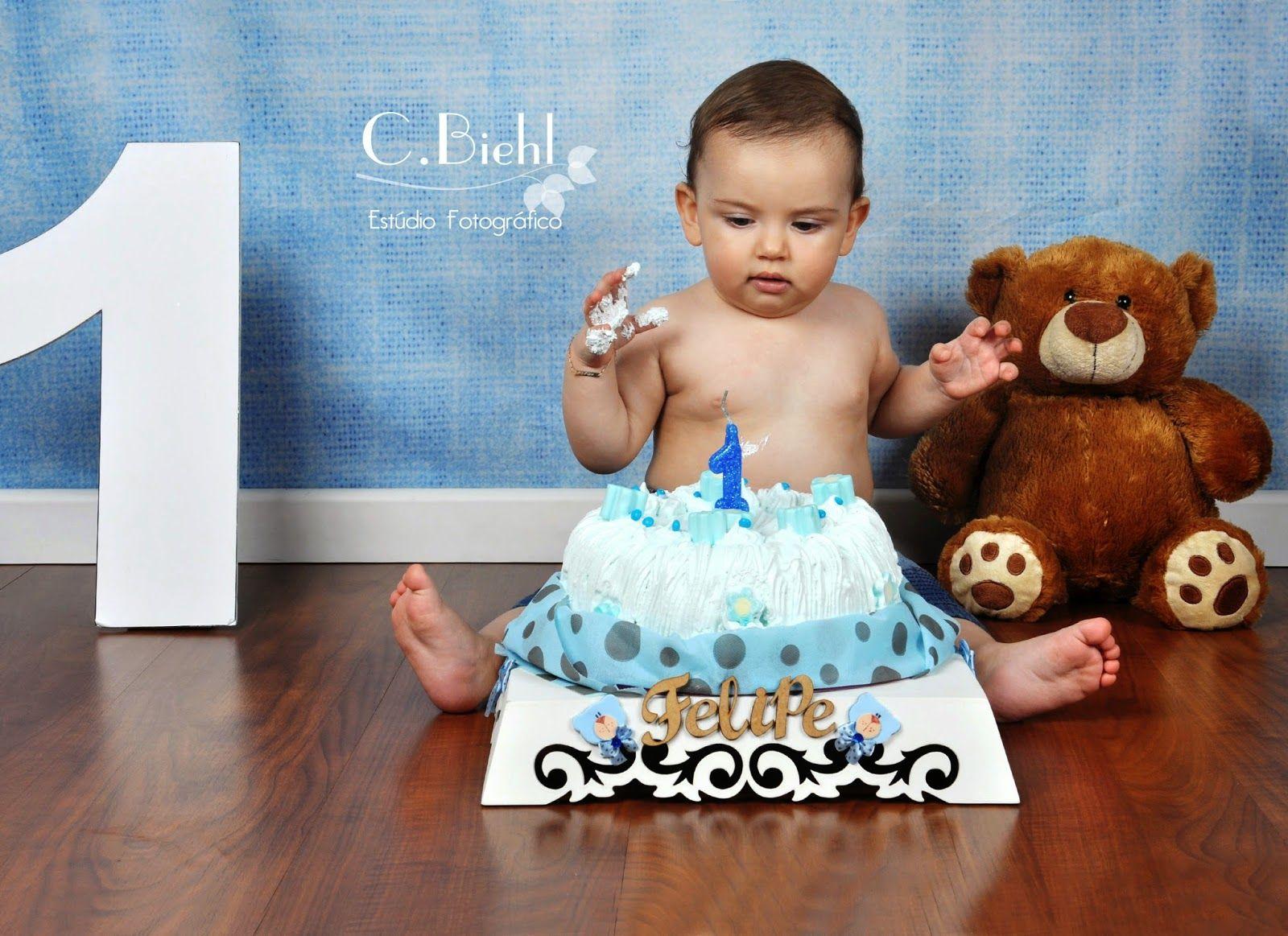 C.Biehl Fotografando: Smash the Cake - Porto Alegre - C.Biehl Estúdio Fotográfico - 1 aninho, fotografia de família, fotografia em estúdio, ensaio de criança, ensaio externo, photoshoot, 1 year old boy, book fotográfico de menino, ensaio fotográfico externo, book de família, fotografia, photoshoot  www.cbiehl.com.br
