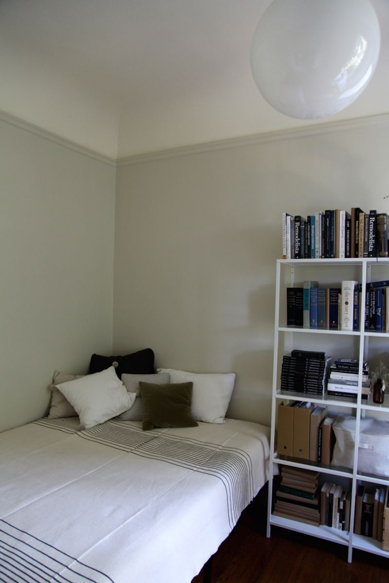 Farrow And Ball Shadow White Drop Cloth Remodelista Picture Rail Painted Same As Wall