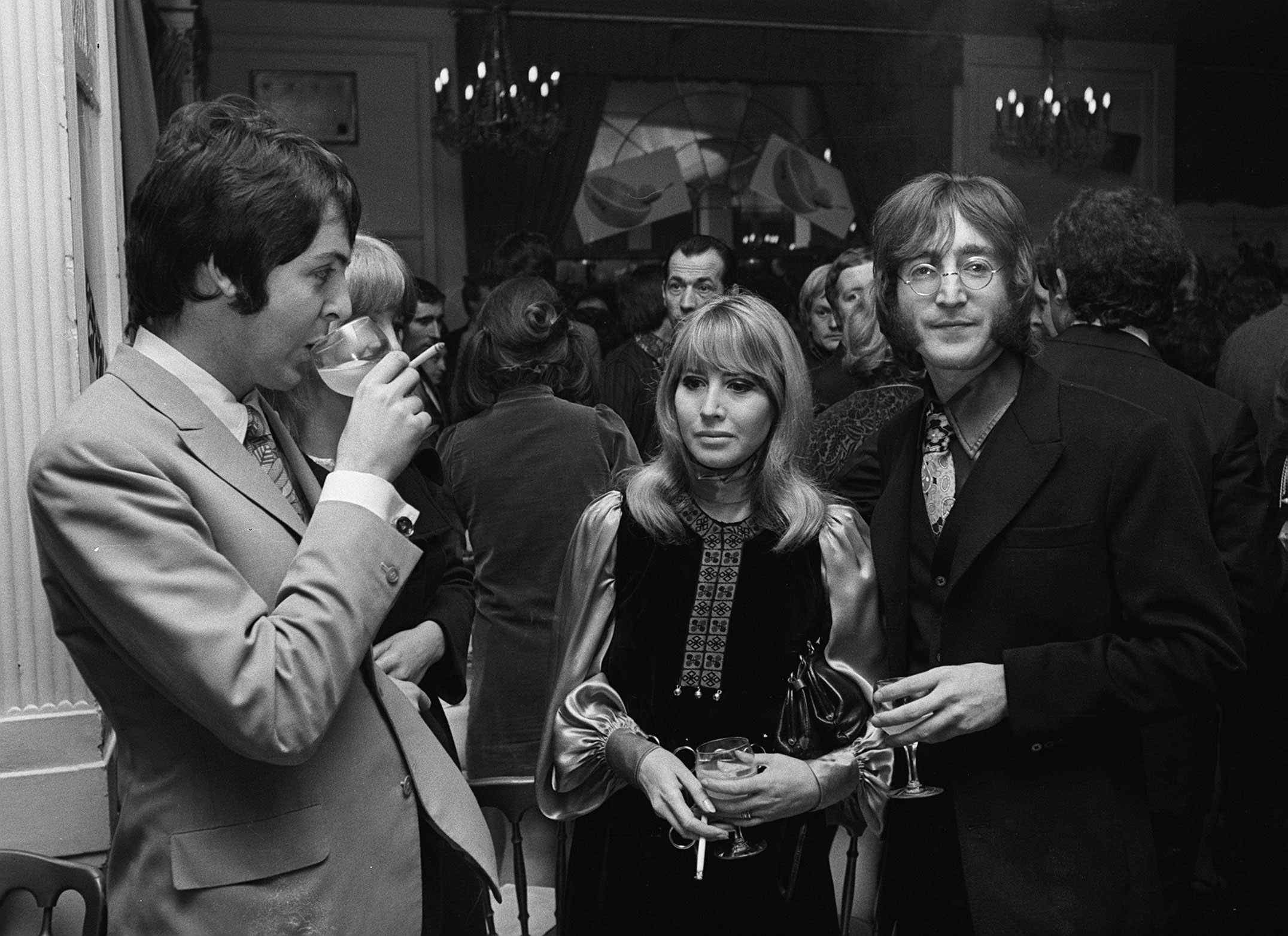 1968 Paul McCartney With His Then Girlfriend Jane Asher Centre Left And John Lennon Wife Cynthia