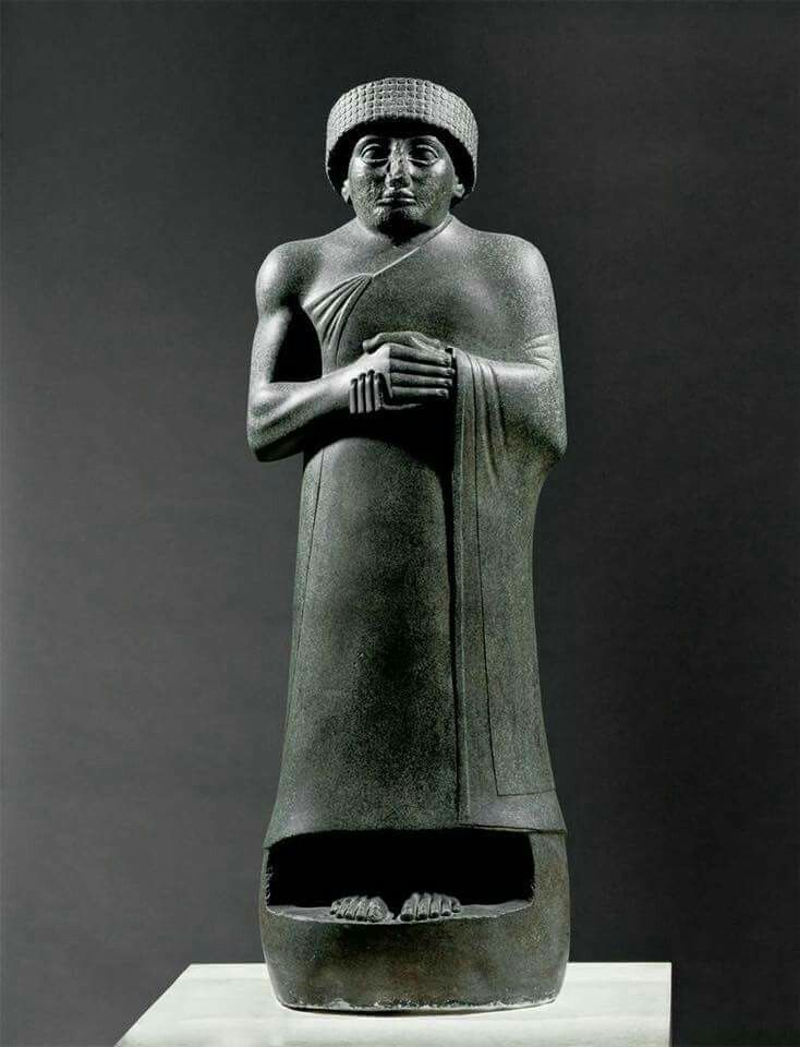 votive statue of gudea Chief among these were nine magnificent diorite statues of gudea,  with  inscriptions indicating that they were set up as votive offerings.