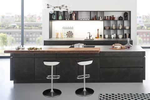 Arbeitslicht und Stimmungslicht AMBIENTE   INTERIOR- HOME DESIGN - küchentisch mit ablage