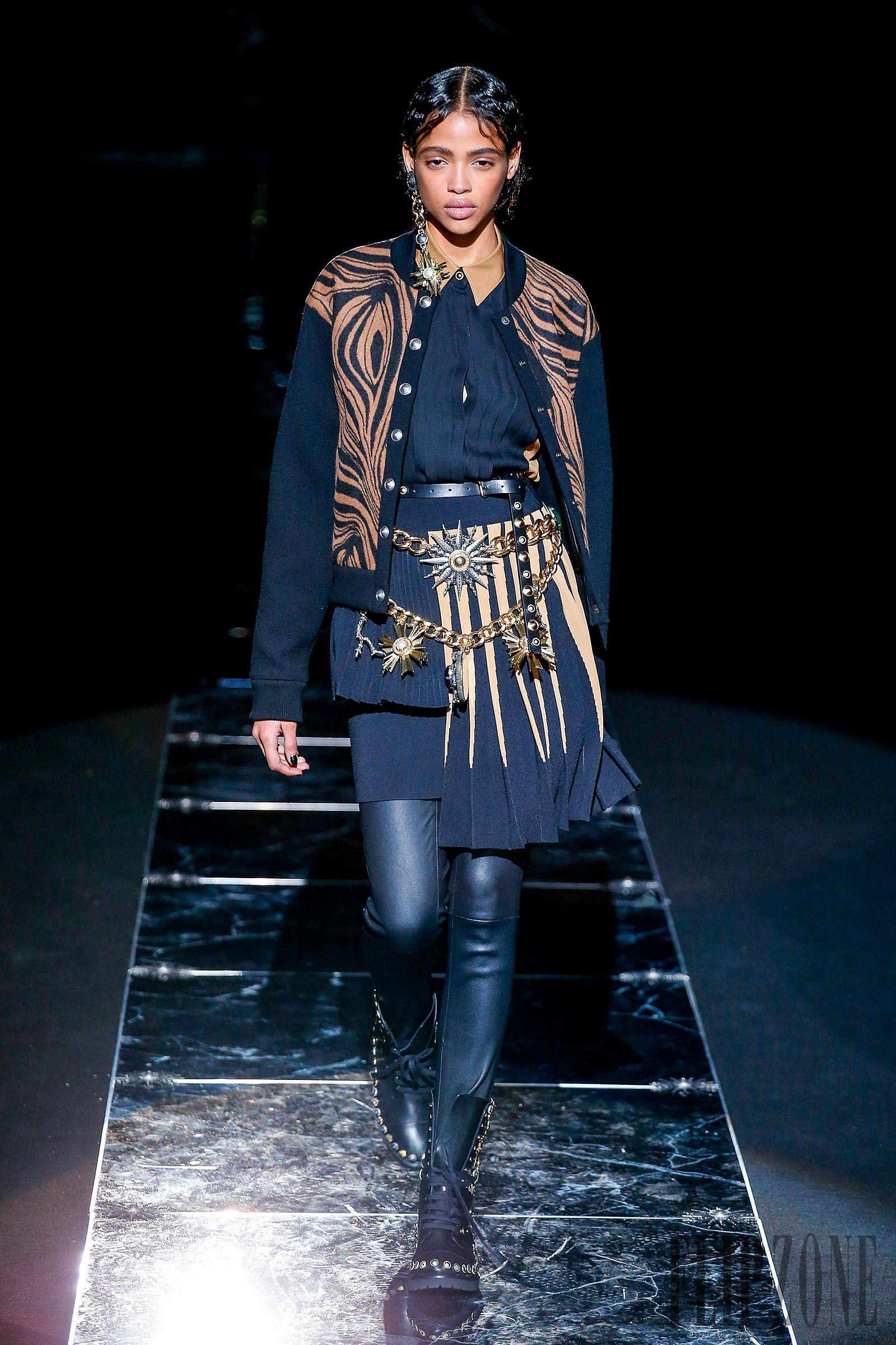 Farb-und Stilberatung mit www.farben-reich.com - Fausto Puglisi Fall-winter 2015-2016 - Ready-to-Wear