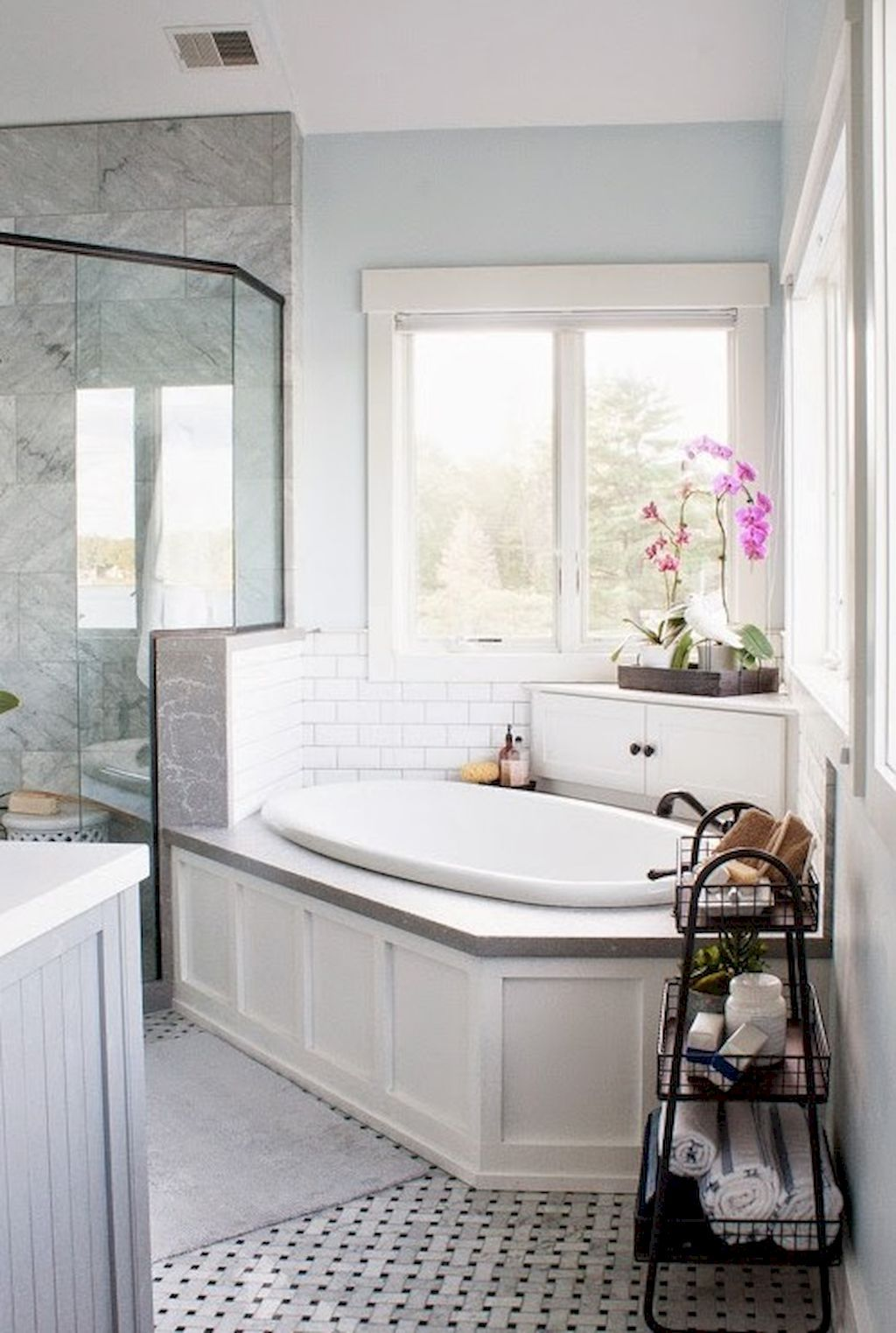 50 Small Master Bathroom Makeover Ideas on A Budget | Master ...