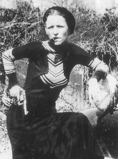 Image result for bonnie parker posing with cigar
