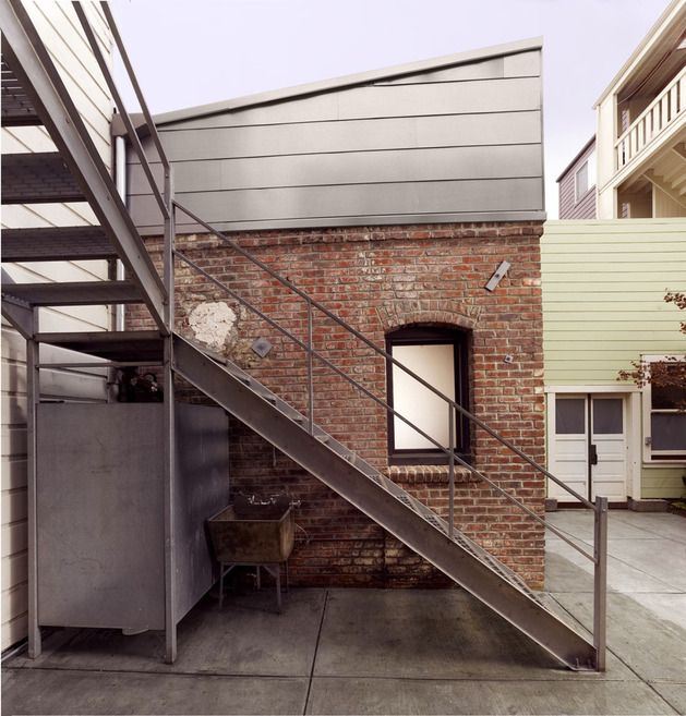 cool Industrial Brick Guest House by Azevedo Design | Modern houses