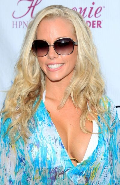 Kendra Wilkinsons Enviable Beach Waves  Hair And Beauty -3971
