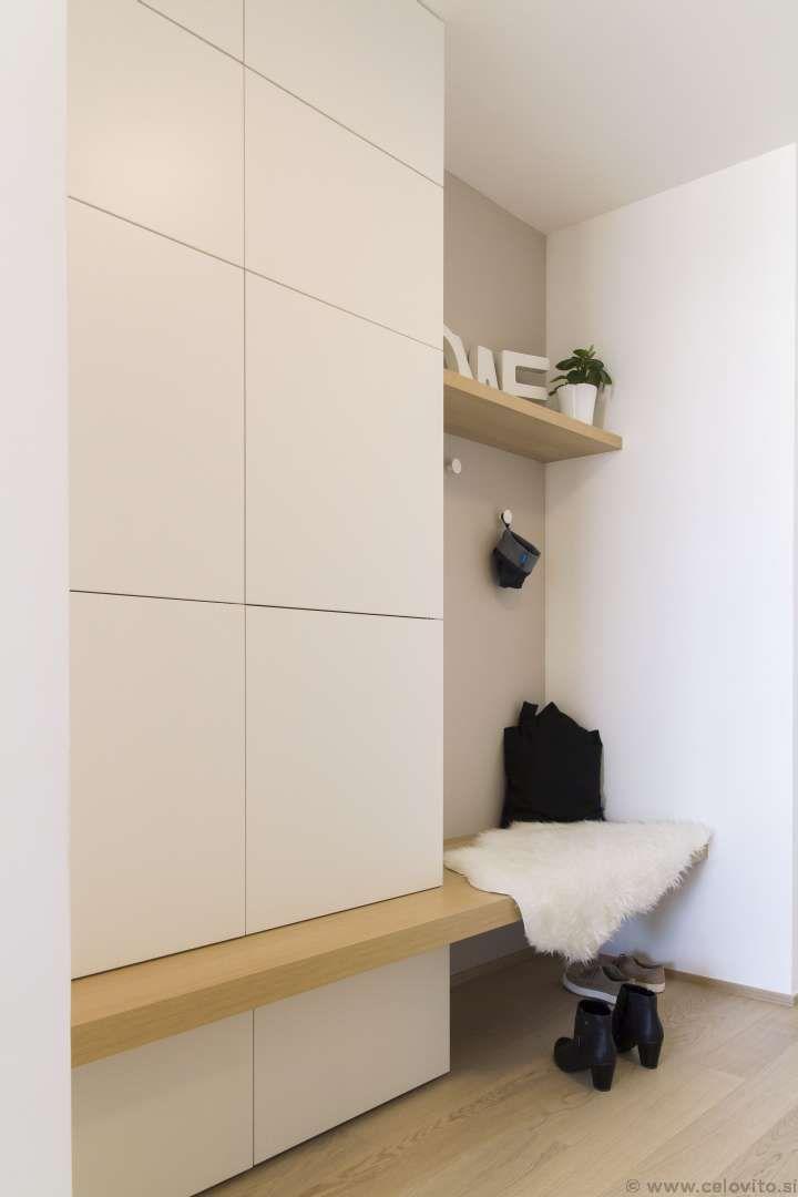 Pin Von Marie Auf Our Projects Nasi Projekti Garderoben Eingangsbereich Wohnen Einbauschrank Garderobe