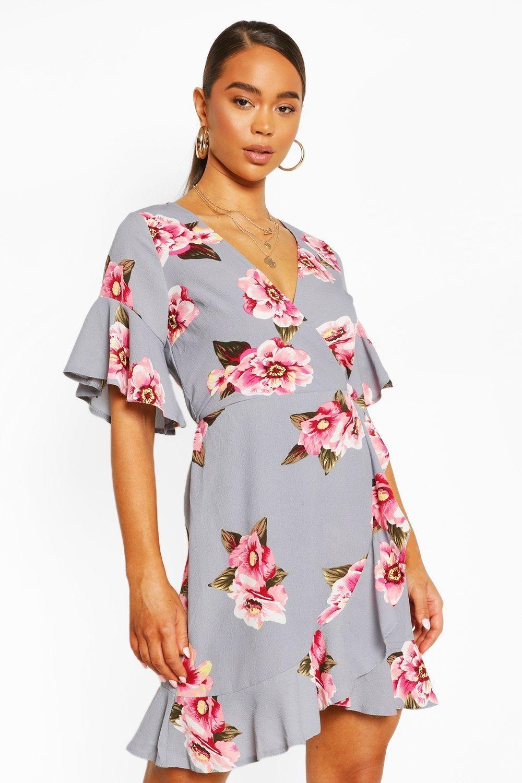 Ruffle Hem Floral Print Tea Dress Boohoo Uk In 2020 Tea Dress Womens Skirt Outfits Dresses