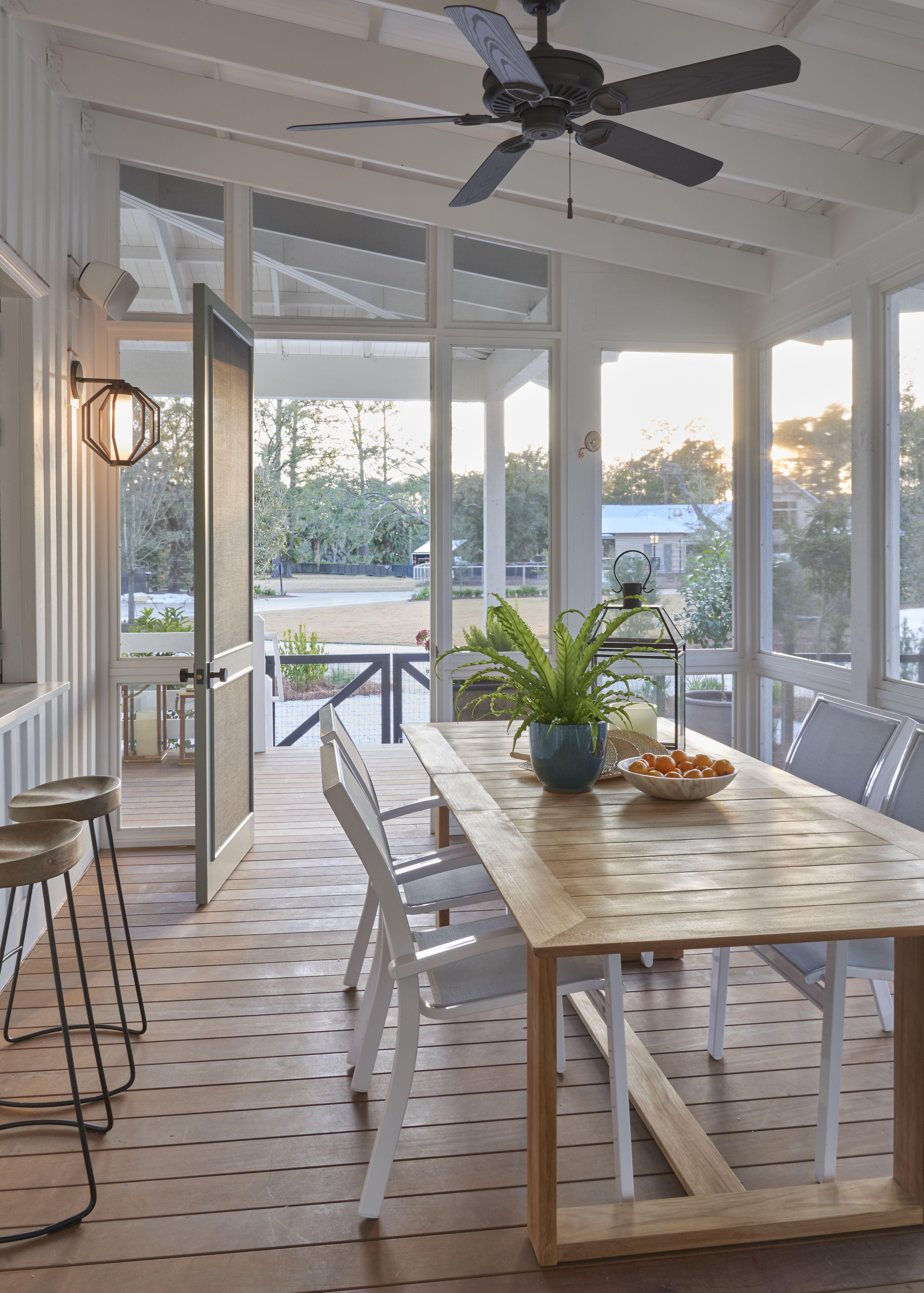 Artist Cottage With Modern Farmhouse Vibes Asks $13M  Curbedclockmenumore Arrownoyesconcert