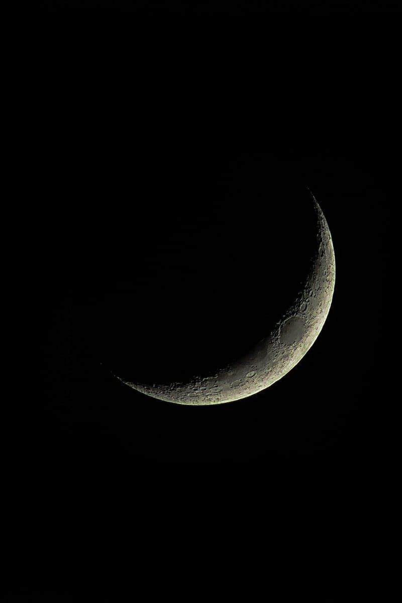 Crescent Moon · Free Stock Photo