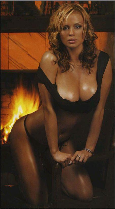 women-love-anna-semenowich-sexy-goldman-naked-nude