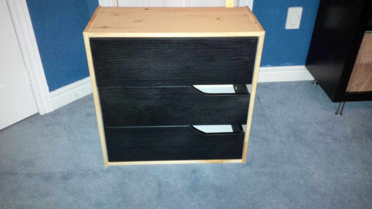 I M A Fan Of The Ikea Mandal Bedroom Set And Wanted Chest To Match My Headboard However Unit With Black Drawers Is Discontinued