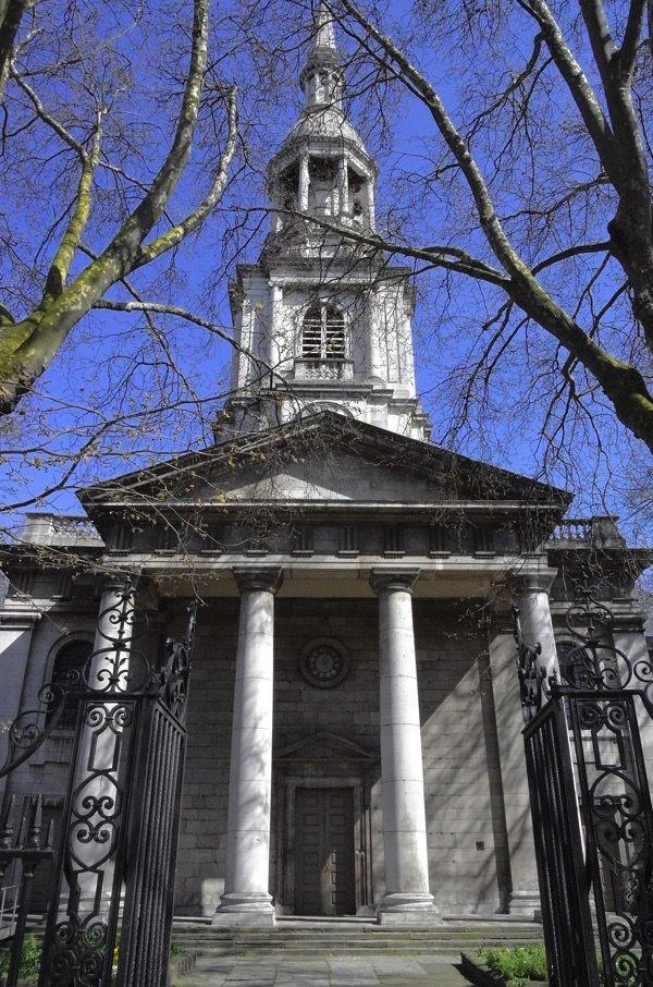 Shoreditch Church: St Leonard's Church, Shoreditch