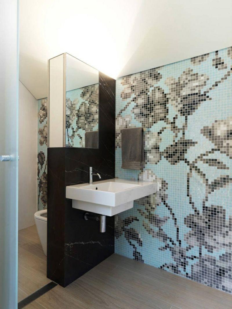 Wandfliesen Bad modern Mosaik florale Motive  Bathroom Badezimmer  Badezimmer Bad fliesen