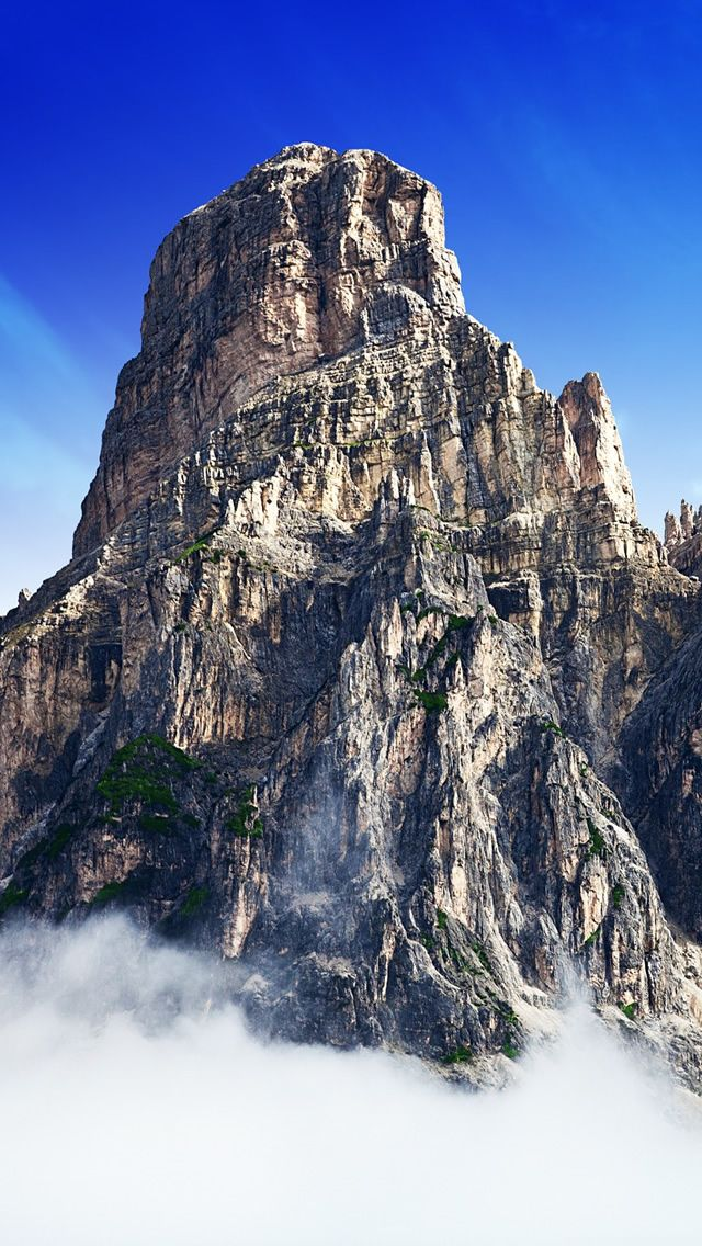 Mountain Top In Clouds iPhone 5s Wallpaper Yosemite