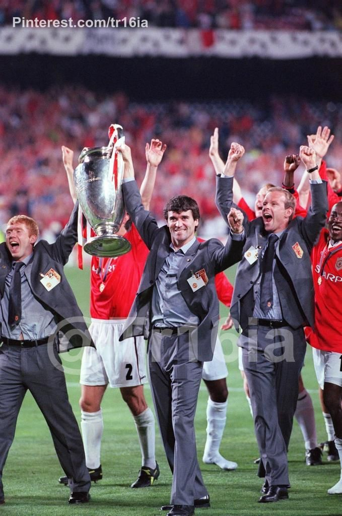 43c18ffeb On this day: May 26 1999, Roy Keane celebrates the victory, Champions League