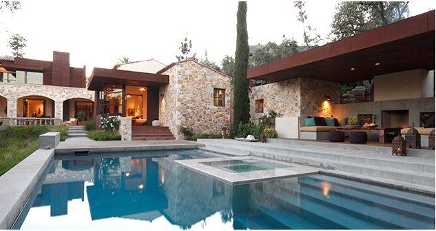 Classic contemporary house design in mediterranean for Classic mediterranean house