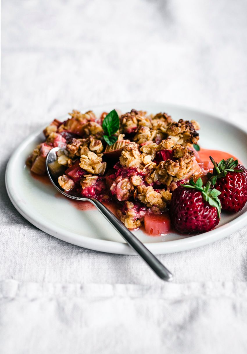 Strawberry Rhubarb Chickpea Flour Crisp Occasionally Eggs Recipe Rhubarb Recipes Healthy Rhubarb Recipes Rhubarb Crisp
