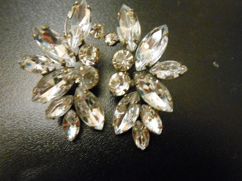 STUNNING SOLD OUT J Crew Crystal Wing Earrings