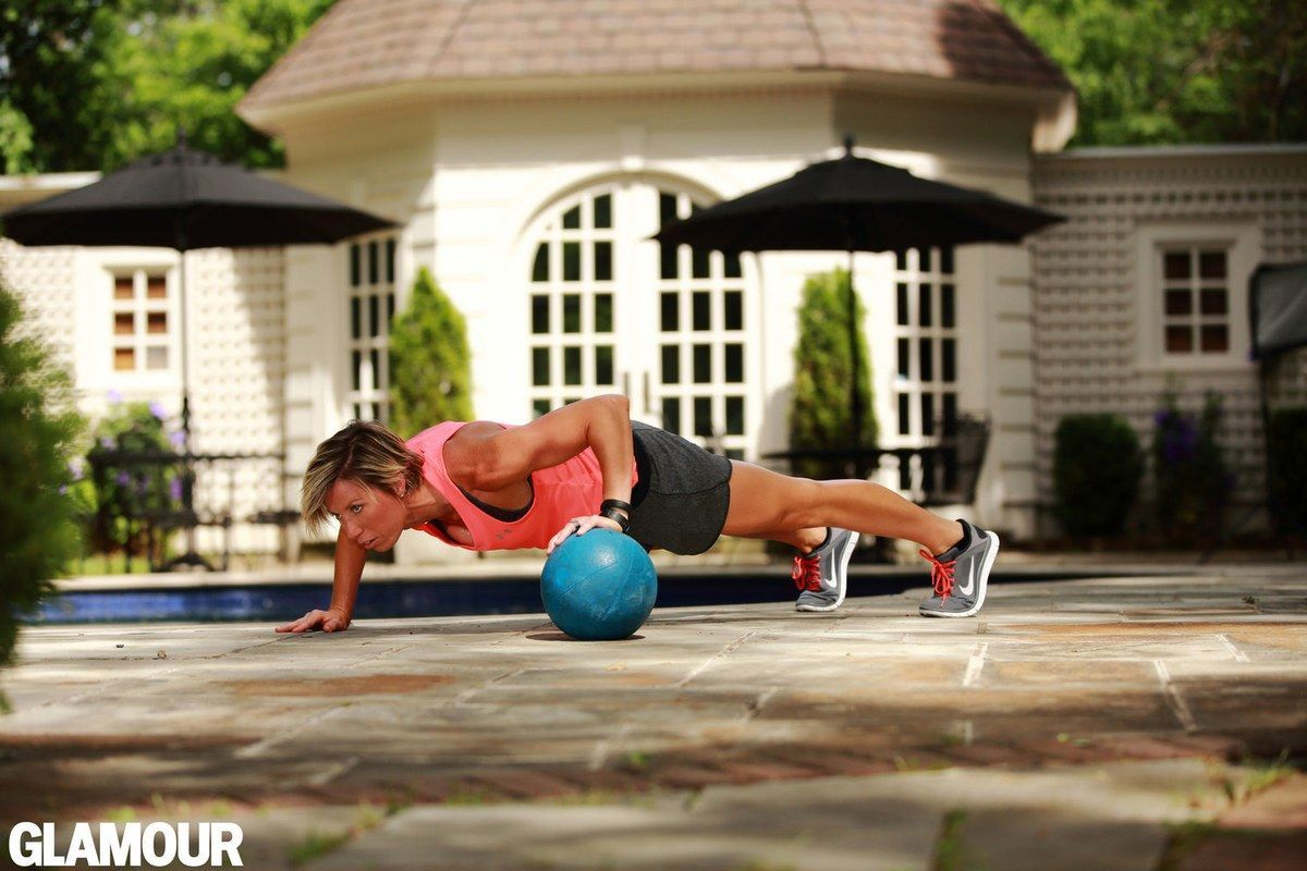 Assume a plank (pushup starting position) with your left