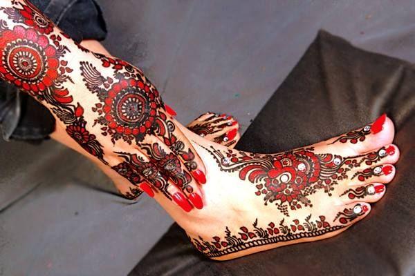 Mehndi Designs For Feet Bridal : Bridal mehndi designs