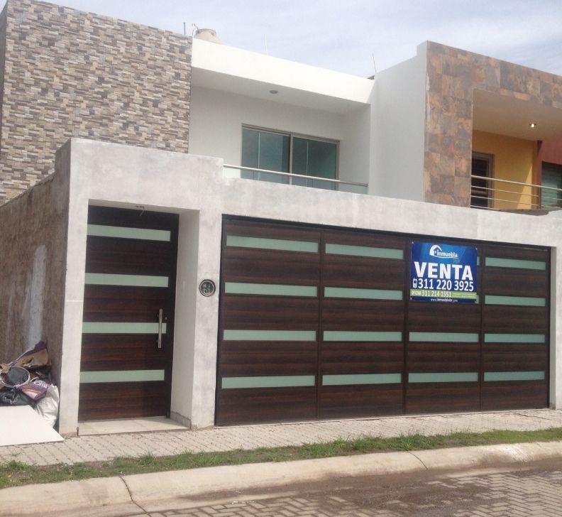Calle sol 227 casa sola residencial en venta en colonia for Nuevas fachadas minimalistas