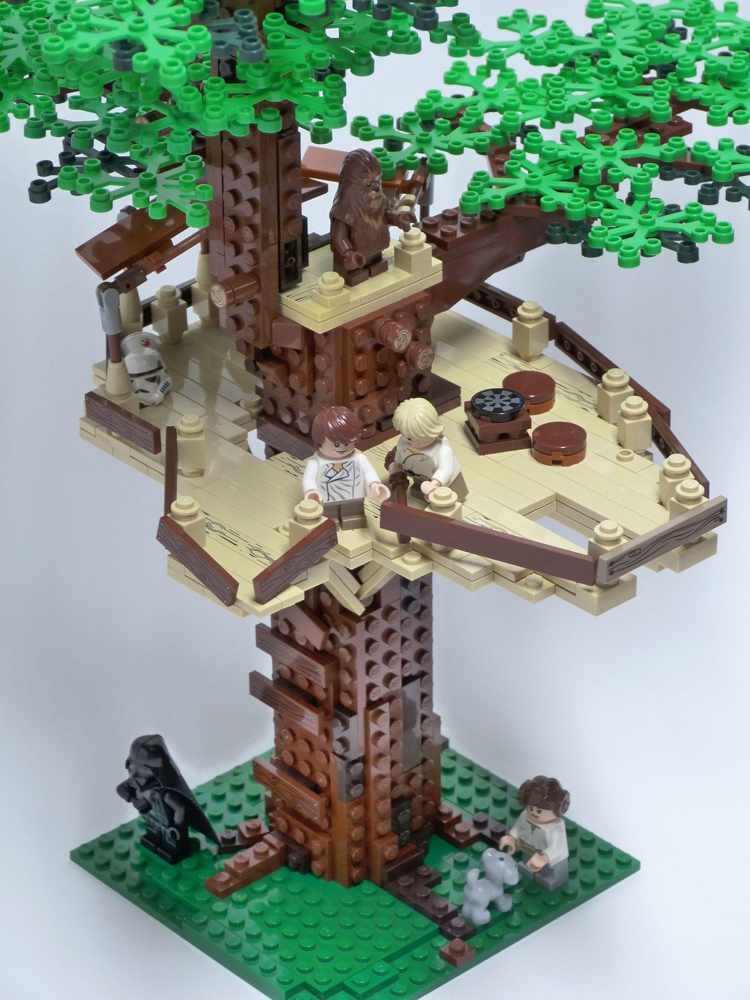 The Falcon S Nest Tree House Falcon Millennium Falcon