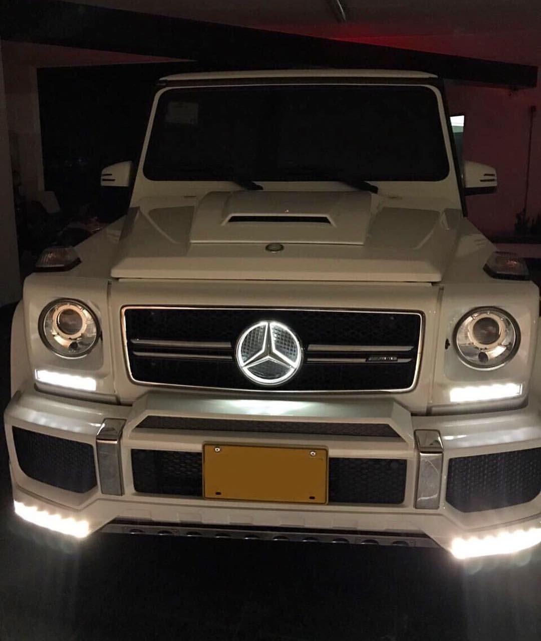 Mercedes Benz G63 Amg 5 5l V8 Biturbo 5s 250km H 571hp