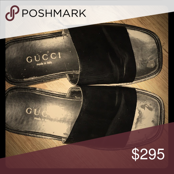 fc259546f74 Men s Gucci Slide Sandals Black Men s Gucci Sandals size 9.5-10 in good  condition. Worn maybe 6-7 times. Gucci Shoes Sandals   Flip-Flops