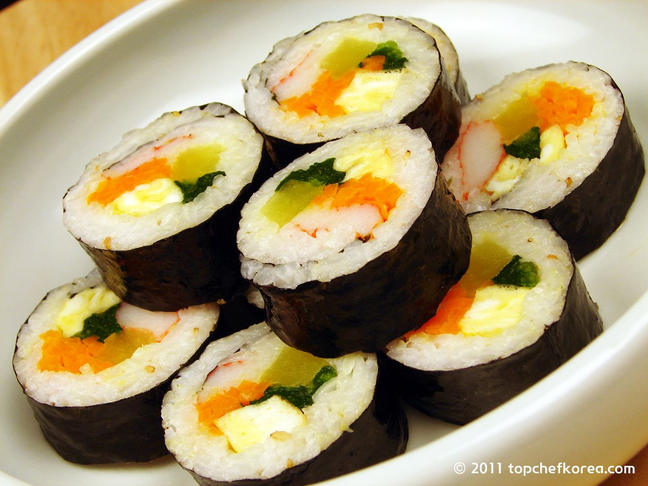 The Best Korean Kimchi Sushi Roll Recipe - The DIY Lighthouse