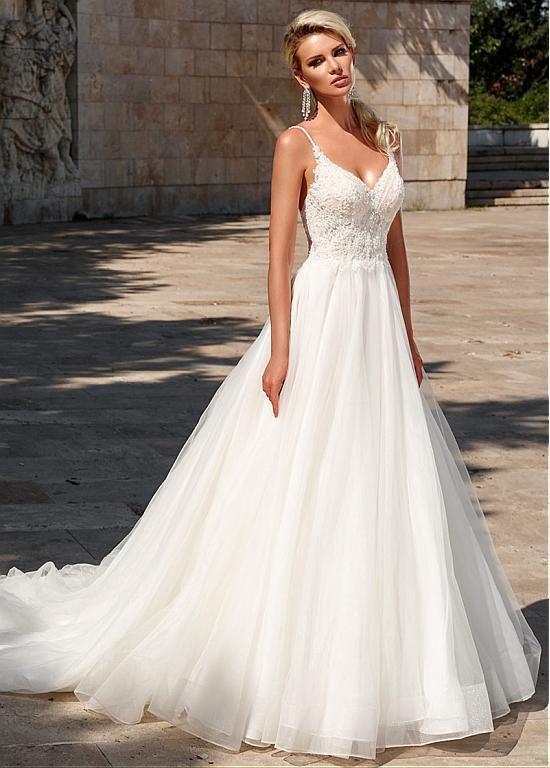 Photo of [213.99] Chic Tulle Spaghetti Straps escote una línea de vestido de novia con listones y aplicaciones de encaje – magbridal.com.cn