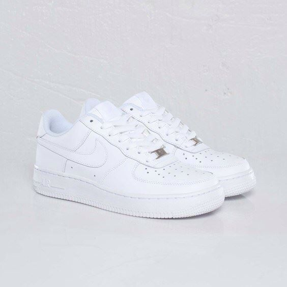 c8f9bcb5d2468e Nike Air Force 1 Low