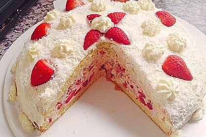 Strawberry Raffaelo cake  - Backen -