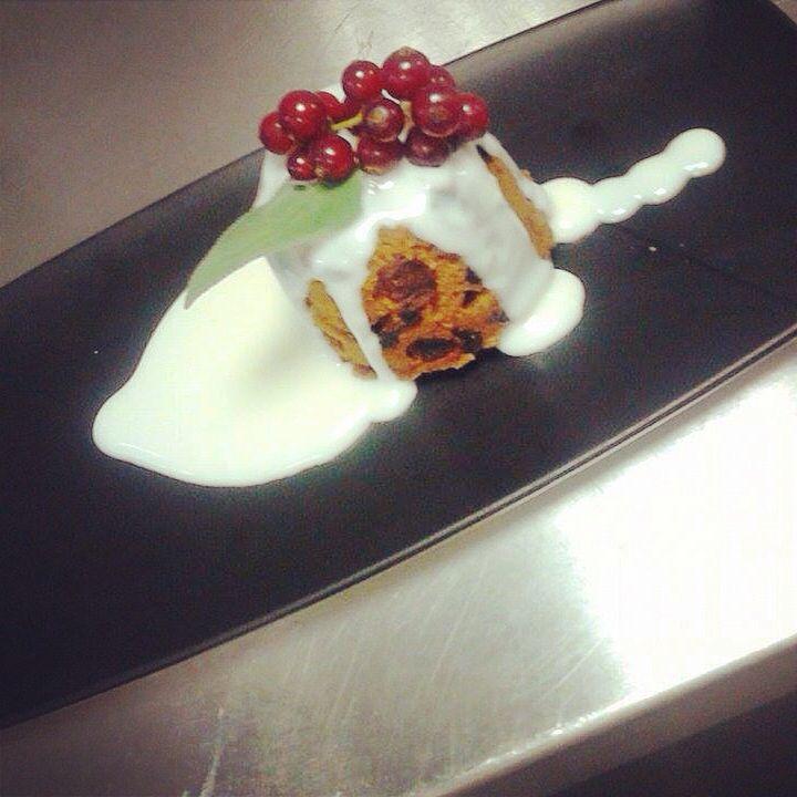 Christmas pudding | Christmas pudding, Patisserie, Food