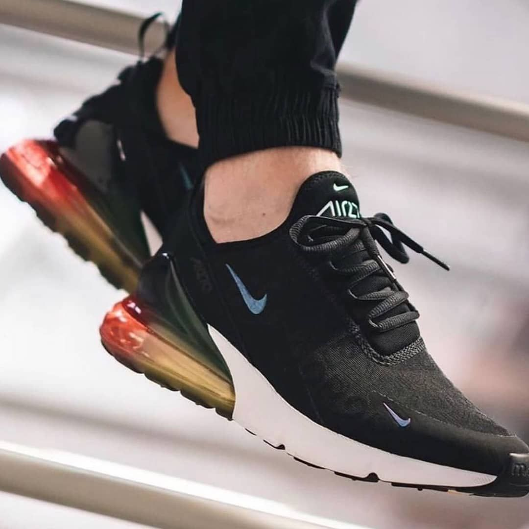 Nike Airmax 270 Receives Sleek Black Multicolor Ready Size 39