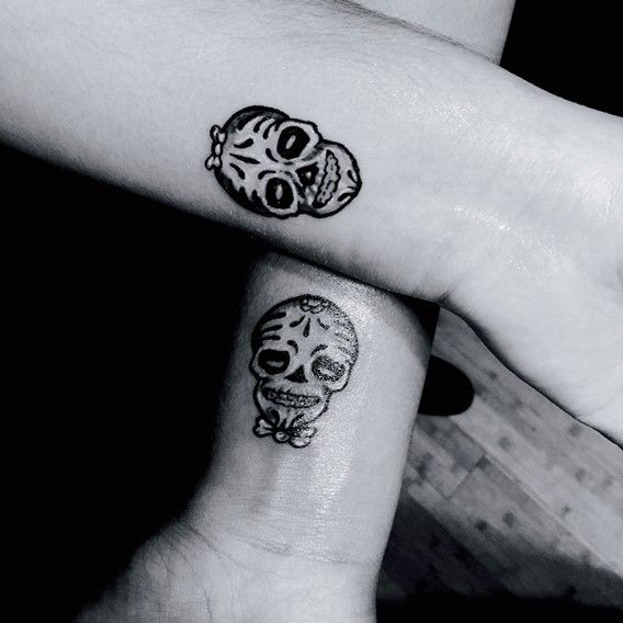 30 Perfect Matching His And Hers Tattoos Tats Pinterest